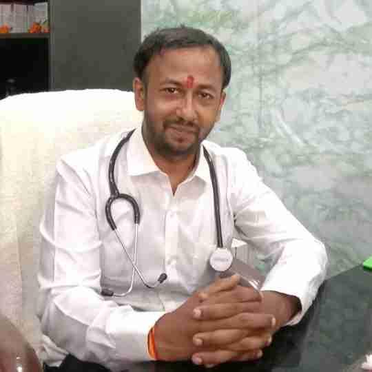 Dr. Siddharth Singh's profile on Curofy