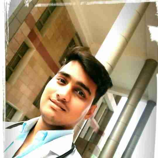 Dr. Prashant Arya's profile on Curofy