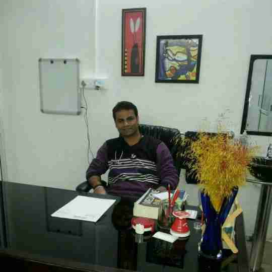 Dr. Vaibhav Seth's profile on Curofy