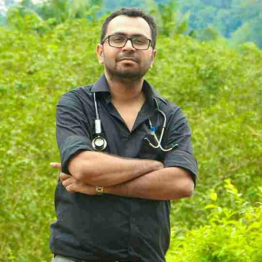 Dr. Anuj Tyagi's profile on Curofy