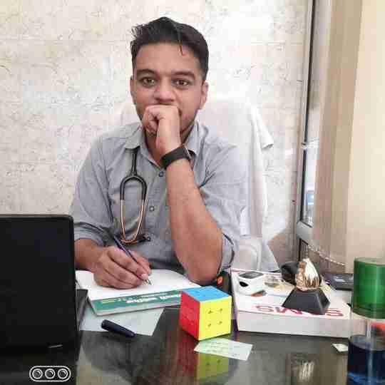 Dr. Vidhu Maheshwari's profile on Curofy