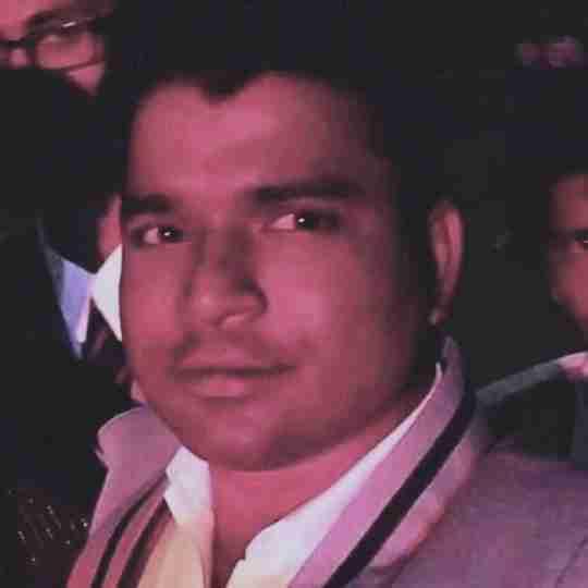 Dr. Santosh Yadav's profile on Curofy