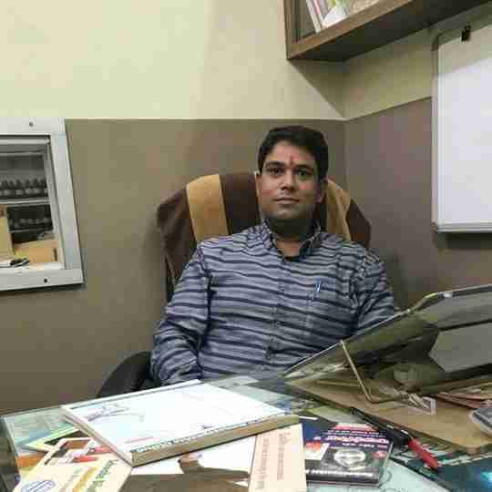 Dr. Rahul Tyagi's profile on Curofy