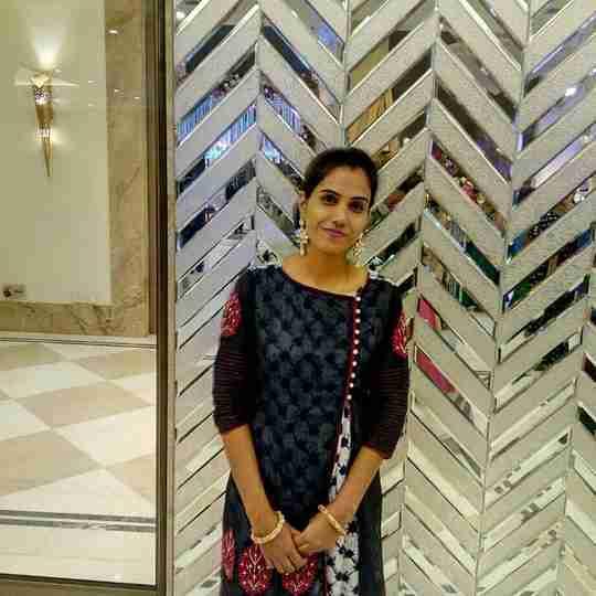 Dr. Nidhi Singh's profile on Curofy