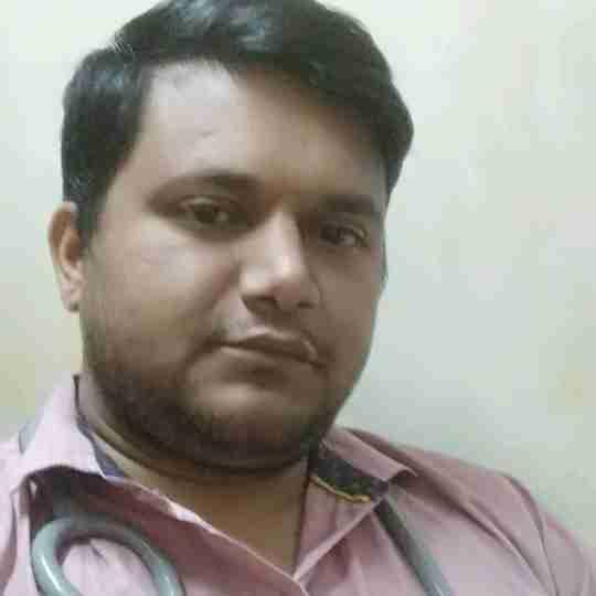 Dr. Vinit Pande's profile on Curofy