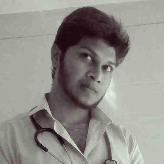 Dr. Karthikeyan Kumar's profile on Curofy
