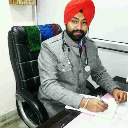 Dr. Arshdeep Singh's profile on Curofy