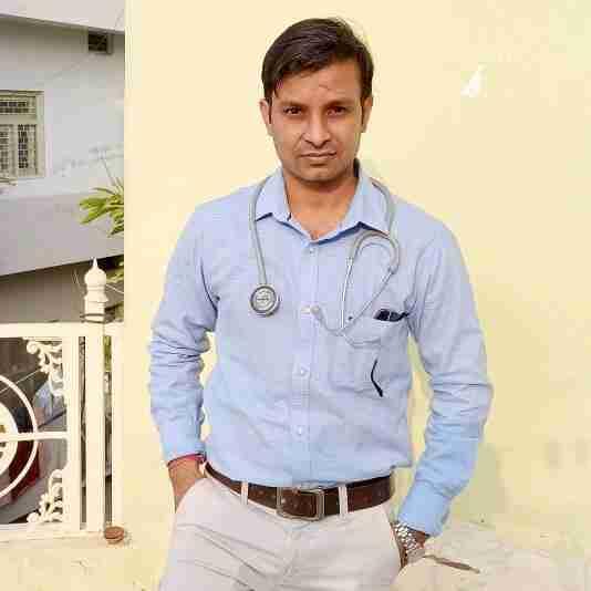 Dr. Rahul Dhakar's profile on Curofy