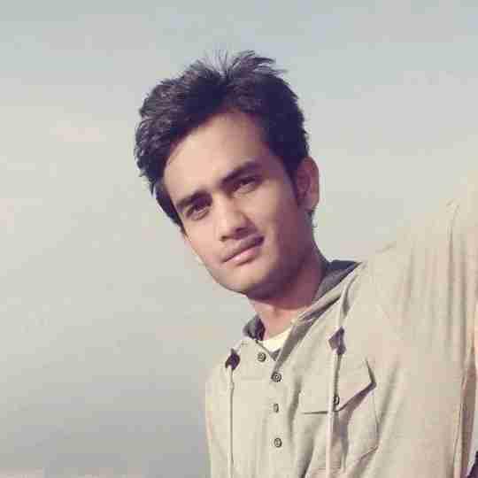 Zeeshan Saleem's profile on Curofy