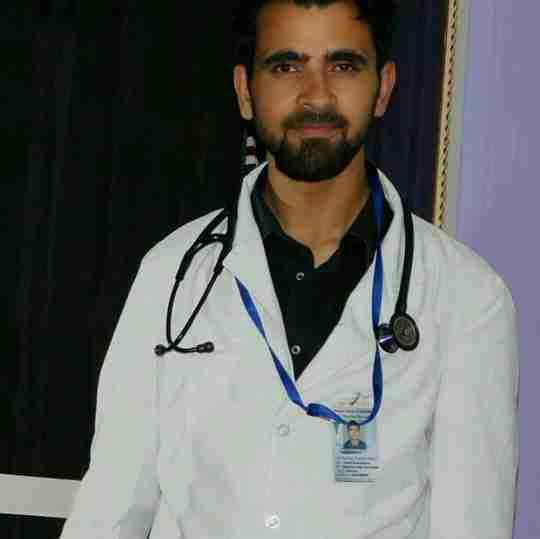 Dr. Ishfaq Darzi's profile on Curofy