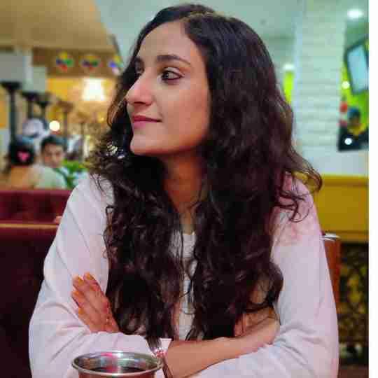 Shivangi Agnihotri's profile on Curofy