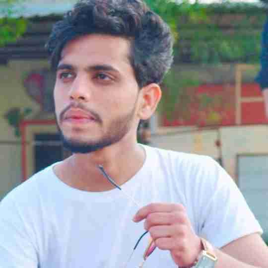 Hadi's profile on Curofy