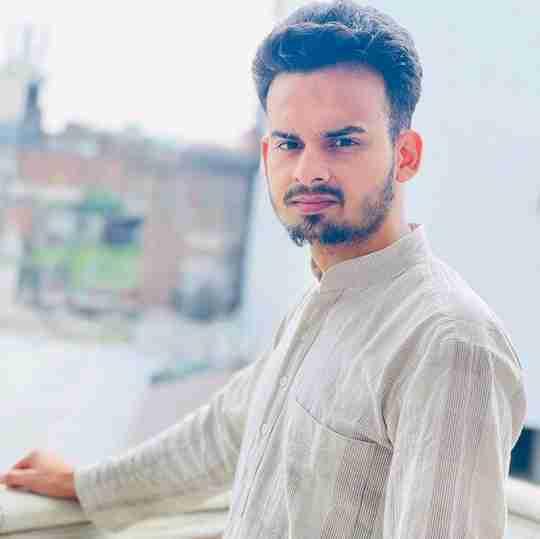 Shahnawaz Khan's profile on Curofy