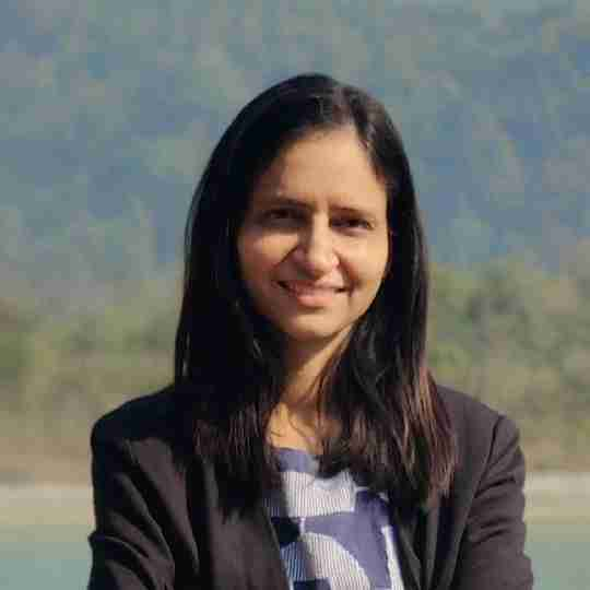 Dr. Poonam Saini's profile on Curofy