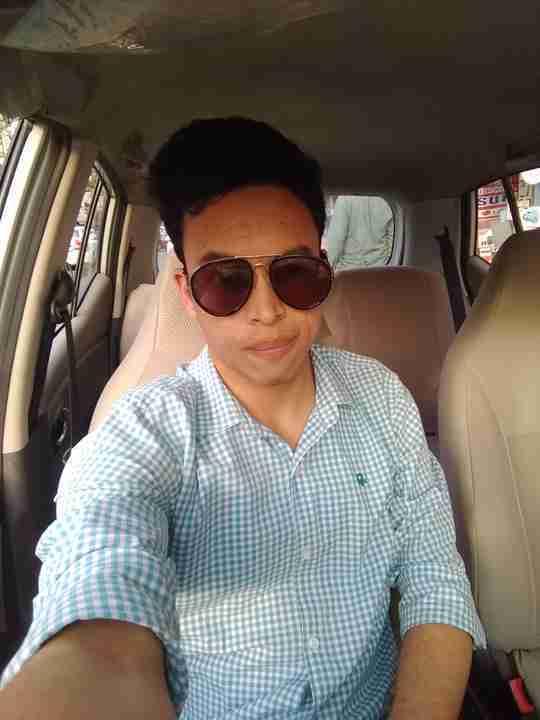 Prateek Tiwari's profile on Curofy