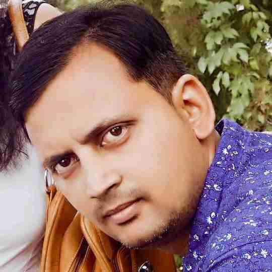 Dr. Abhishek Saxena's profile on Curofy