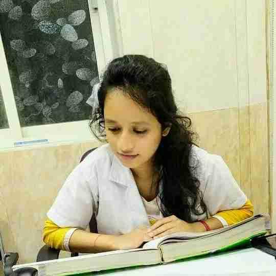 Dr. Vrushali Kumbhar's profile on Curofy