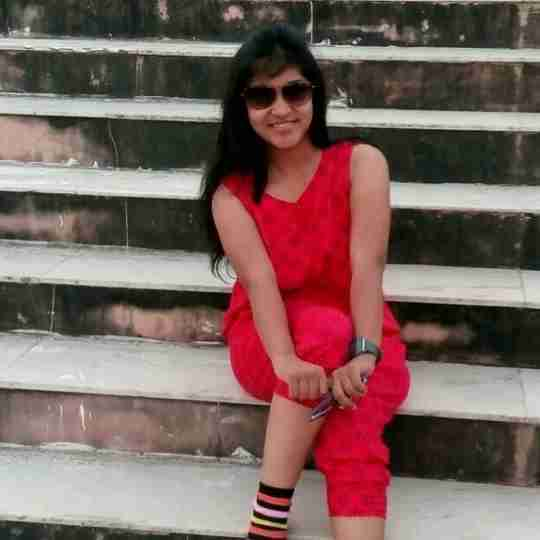 Dipshi Agrawal's profile on Curofy