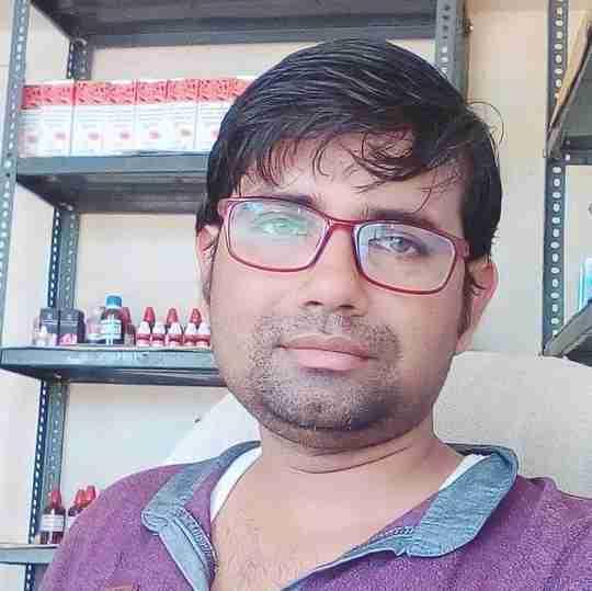 Dr. Sarvesh Srivastava's profile on Curofy
