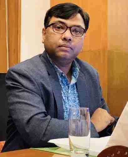 Dr. K. R . Hansdah's profile on Curofy