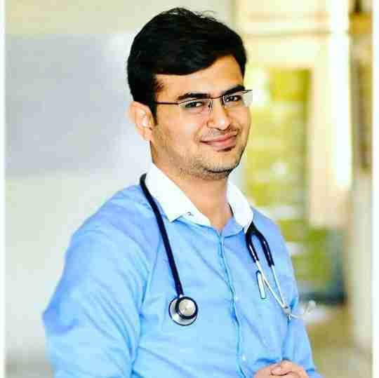 Dr. Vijay Patil's profile on Curofy