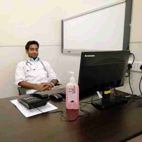 Dr. Vaishnav Singh's profile on Curofy