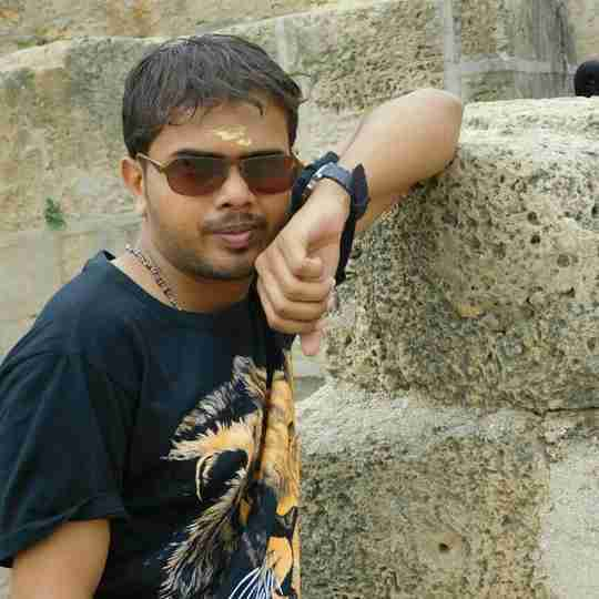 Dr. Divyesh Limbadiya's profile on Curofy