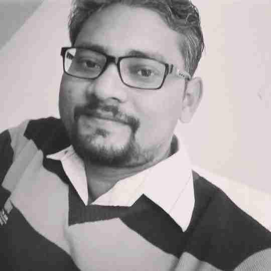 Dr. Vineet Deshiya's profile on Curofy