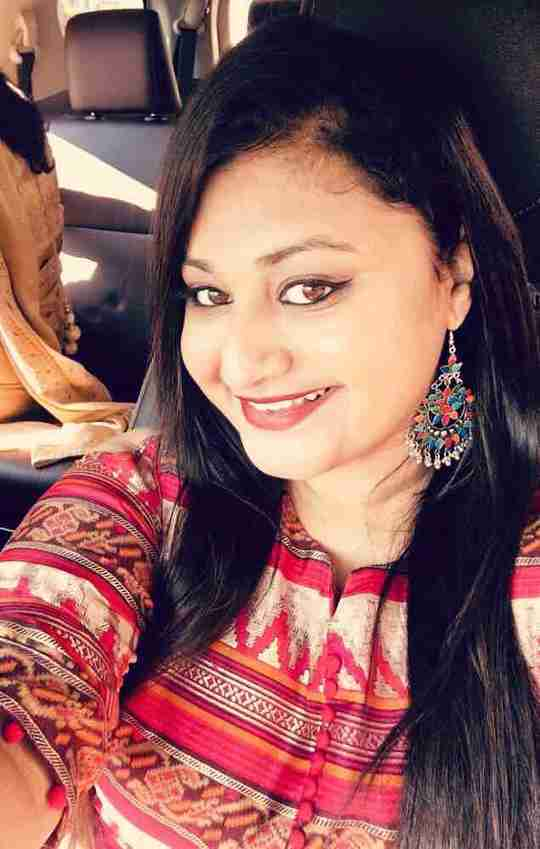 Ekta Tiwari's profile on Curofy