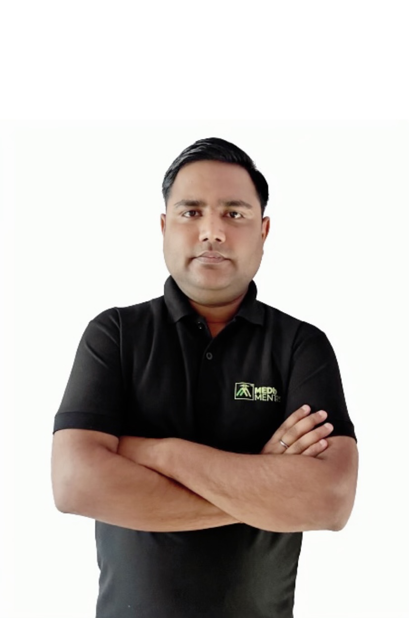 Dr. Akshat Saxena