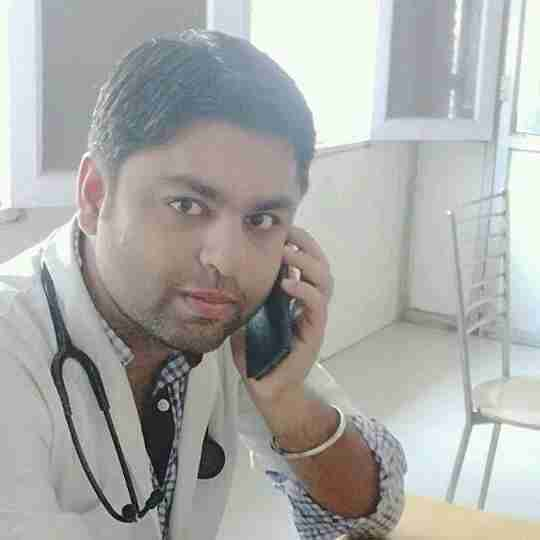 Dr. Lokesh Lalwani's profile on Curofy