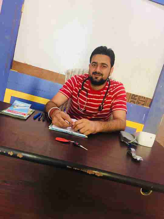 Dr. Nitesh Choudhary's profile on Curofy
