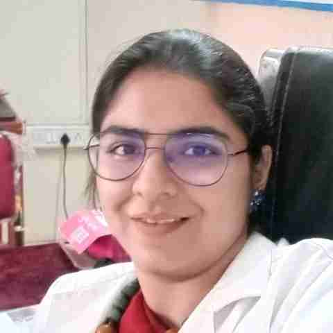 Dr. Ashwini Damle's profile on Curofy