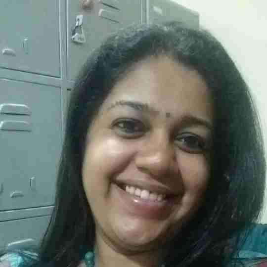 Dr. Soumya Holla's profile on Curofy
