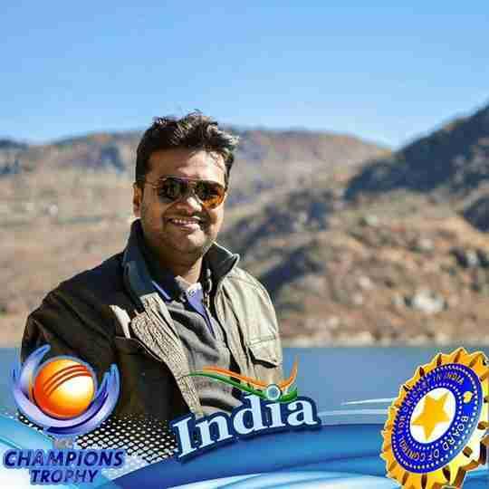 Dr. Ujjal Bharatia's profile on Curofy