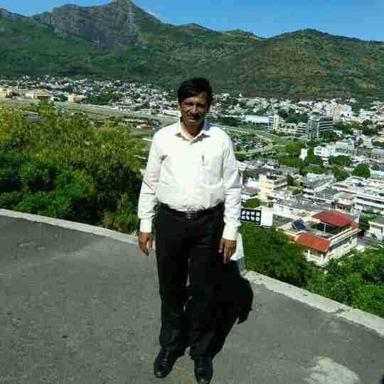 Dr. Jyotindra Shah's profile on Curofy