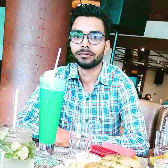 Dr. Farhan Hussain's profile on Curofy
