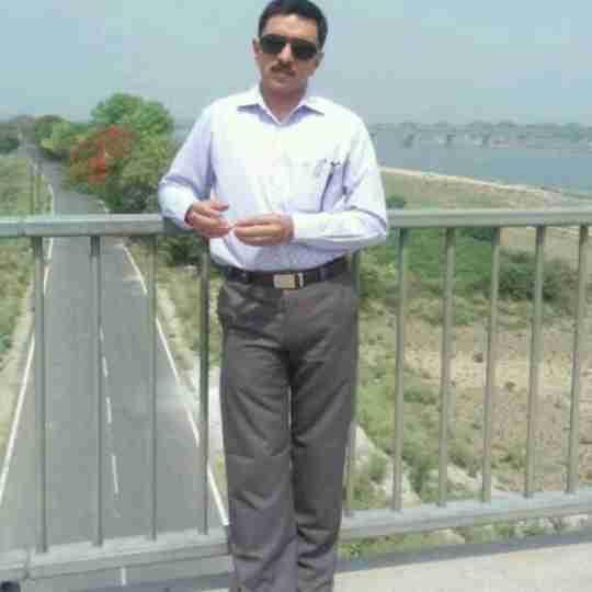 Ashutosh Tripathi's profile on Curofy