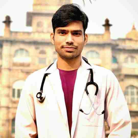 Dr. Deependra Dubey's profile on Curofy