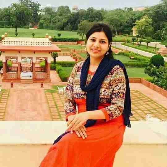Dr. Sana Iqbal's profile on Curofy