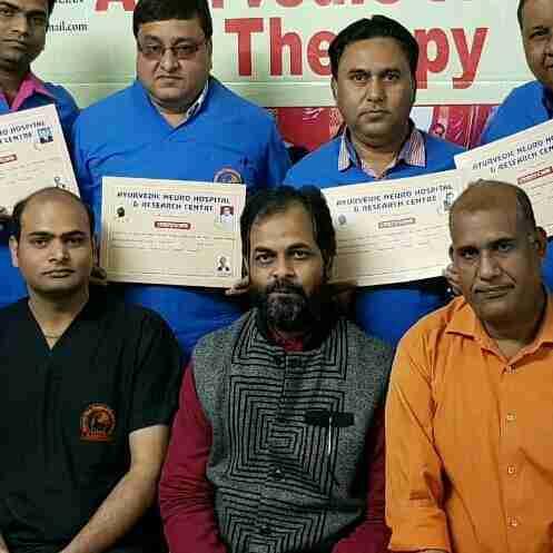 Dr. Prakash Trivedi's profile on Curofy