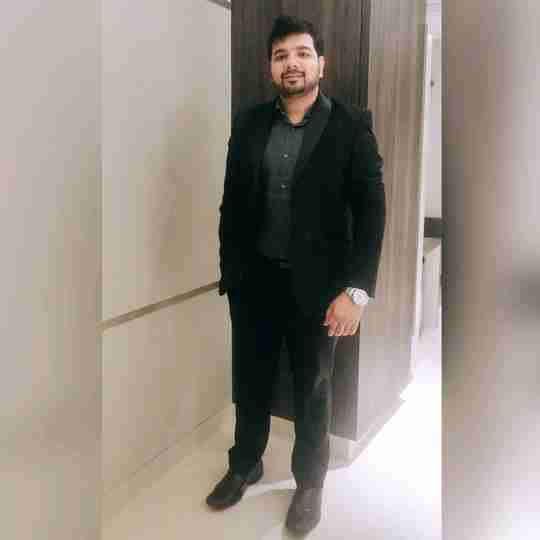 Dr. Vinay Gupta's profile on Curofy