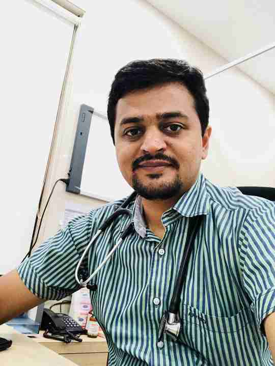 Dr. Nikhil Jariwala's profile on Curofy