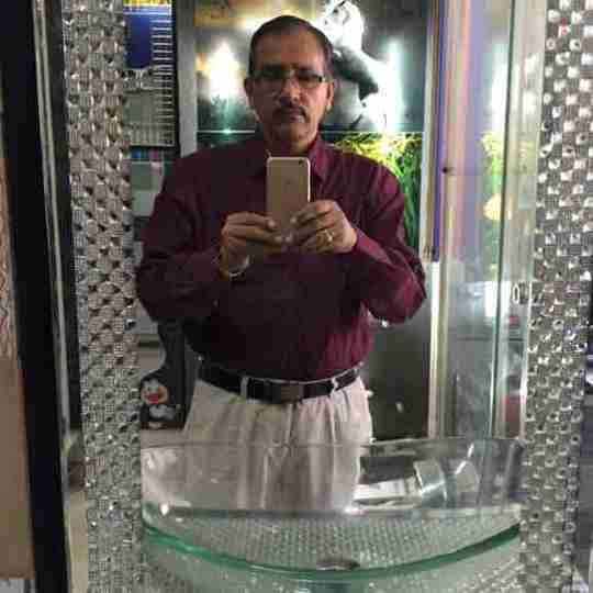 Dr. Janardan Yadav's profile on Curofy
