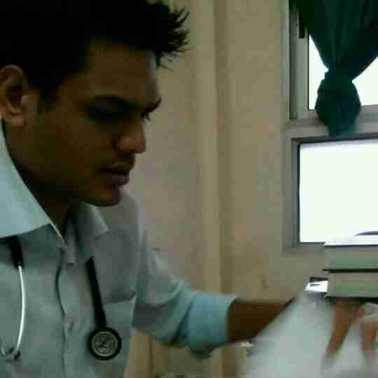 Dr. Vijay Navadiya's profile on Curofy
