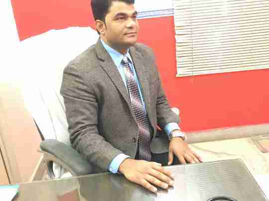 Dr. Noor Khan's profile on Curofy