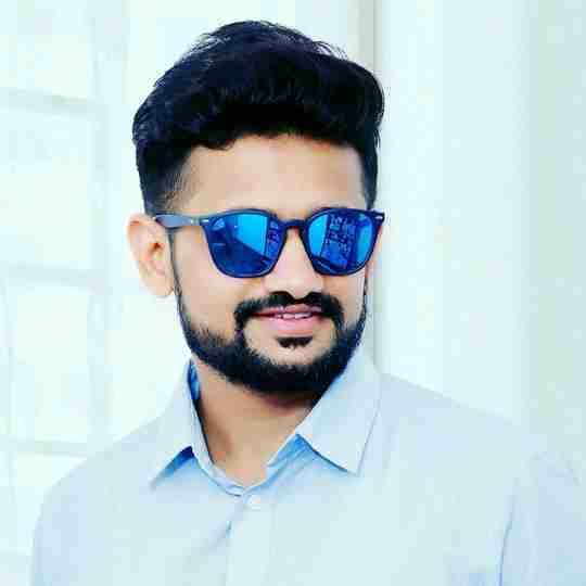 Tushar Vaghela's profile on Curofy