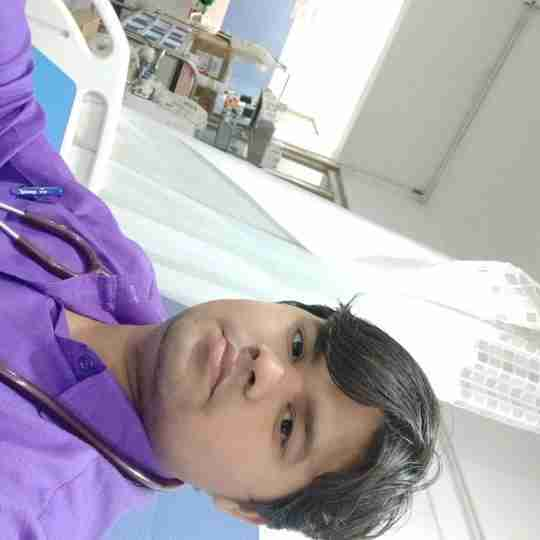 Dr. Pradumn Tiwari's profile on Curofy