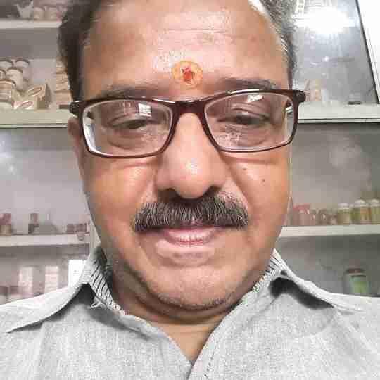 Dr. Diwakar Sharma's profile on Curofy