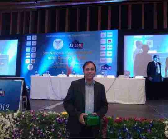 Dr. Alok Vashishtha's profile on Curofy
